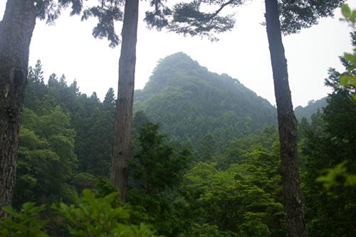 【9月10日(日曜日)開催】キャラバン登山教室 秩父・観音山。秩父の霊峰、歴史の佇まいを感じる爽やかな山路散歩。